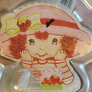 Wilton Vintage Strawberry Shortcake Pan